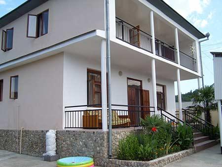 Гостевой дом У САМВЕЛА в поселке Вардане