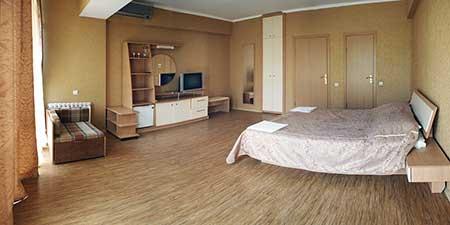 Гостиница ФЛАМИНГО в поселке Партенит Крым