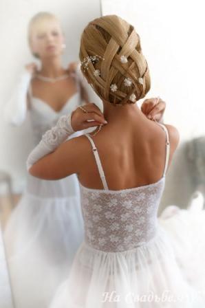 Свадебная прическа для невесты оригинальное решение 19