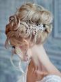 Шикарная свадебная прическа для блондинок 6